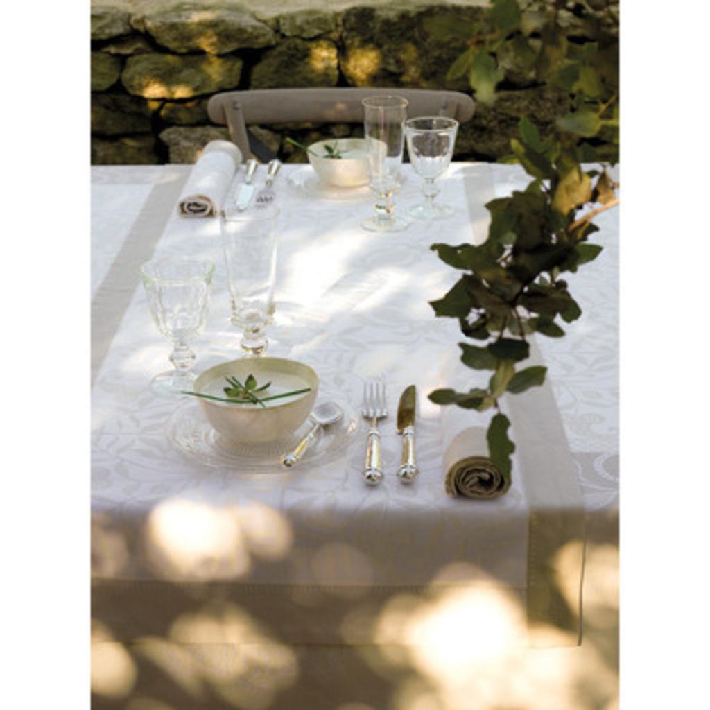 CHEMIN DE TABLE VENEZIA IVOIRE 55*150 cm/22*59 inches