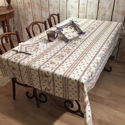 nappes proven ales linges de table de luxe par frenchictoyou. Black Bedroom Furniture Sets. Home Design Ideas